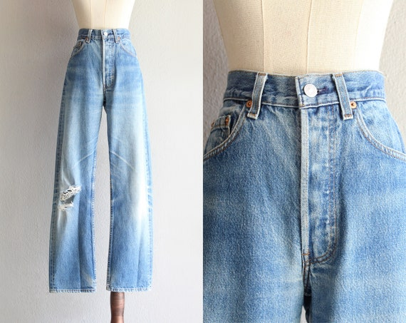 """Levi's 501 ripped blue jeans / 30"""""""