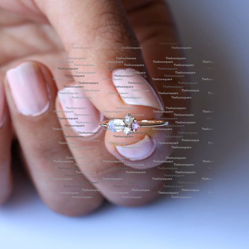Wedding Band Ring 14K Yellow Gold Diamond Pearl Cluster Ring Rainbow Oval Moonstone Dainty Ring Fine Jewelry Cocktail Ring