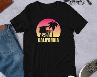 2e642c70d1 California Beach Shirt - Retro 80's Surfer T-Shirt - Summer Vacation  Souvenir Tee - Fun Family Group Short-Sleeve Unisex T-Shirt