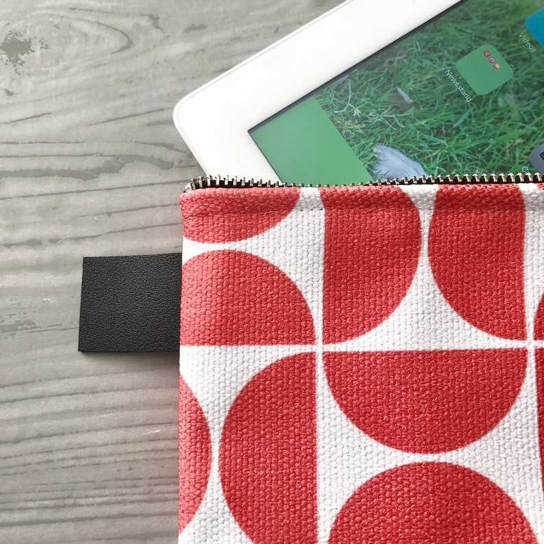 Ready to Ship Coral White Zipper Carryall iPad Sleeve Zippered Bag Graduation Gift Mother/'s Day Gift Travel Bag Pouch Living Coral Pantone
