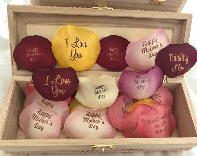 Personalized Mixed Petals -50 petals ( 3 phrases)