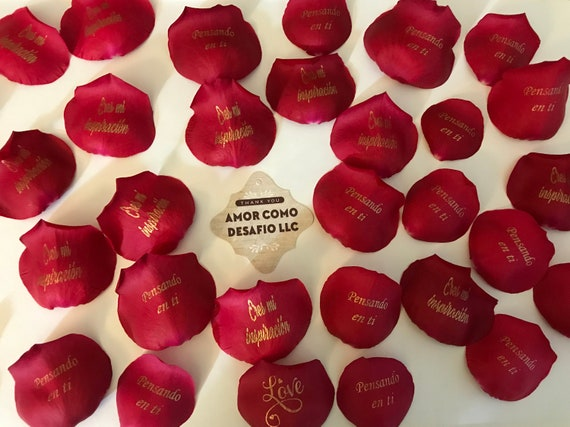 Red Personalized Organic Petals with preserved two roses
