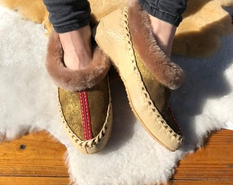 b47b1a910c42 Sheepskin slippers Leather slippers Fur slippers Womens slippers Fuzzy  slippers Warm slippers Mens slippers 38