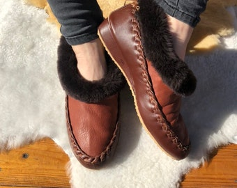 d04271a05 Sheepskin slippers Mens slippers Fur slippers Leather slippers Warm slippers  Full length fur Unisex slippers Womens slippers House shoes 39
