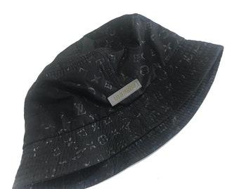 Vintage anni   90 Louis Vuitton Monogram secchio cappelli 91747f618468