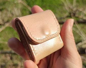 Stock exchange for dice or leather wallet with triskell