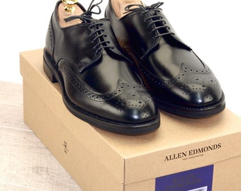 New * Allen Edmonds NOMAD SHORT WING Black 9 D * new Bags (add 15 new trees) orig price was 395