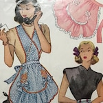 1940s Vintage Apron Pattern / McCall 1279 / One Size / Half and Full Apron with Transfer