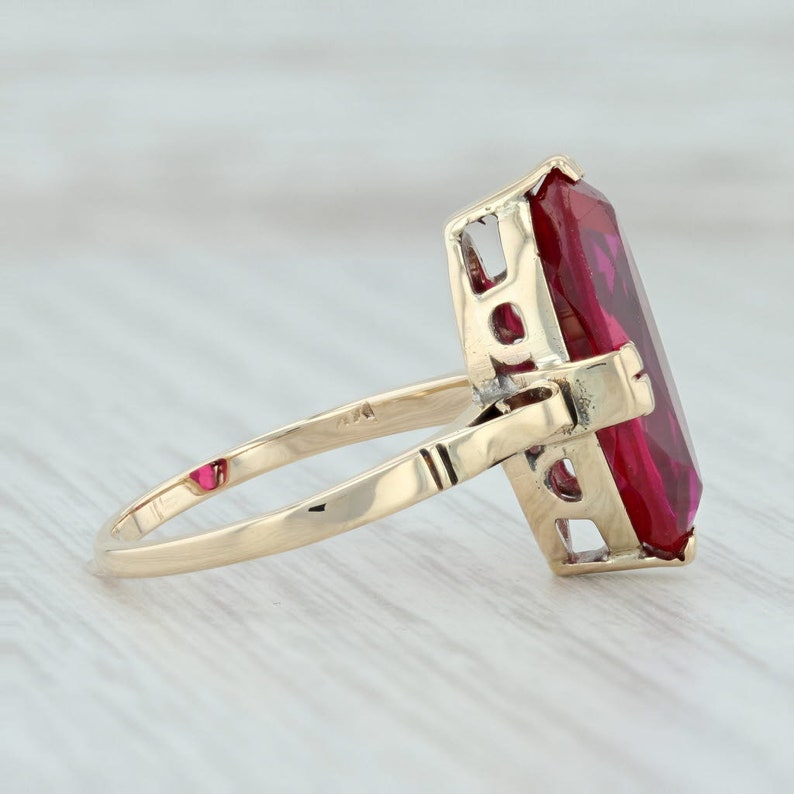 Red Stone Ring Red Gemstone Ring Ruby Solitaire Ring Vintage Ruby Ring Solitaire Ring July Birthstone Vintage Gemstone Ring