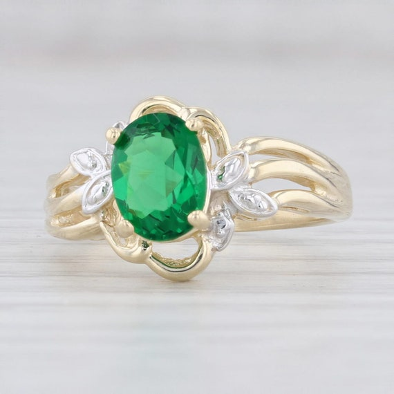 Green Glass Ring, Solitaire Ring, Yellow Gold Ring