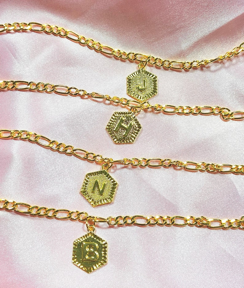 Name Ankle Bracelet Minimal Cute Trendy Letter Anklet Gold Custom Initial Figaro Chain Anklet Initial Anklet Baddie Aesthetic