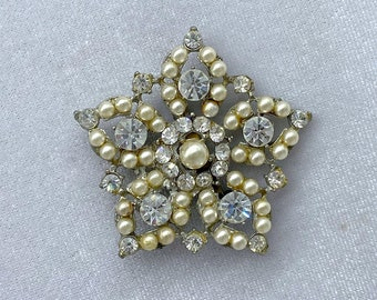 Star Brooch, 1940s Brooch, Costume Jewelry, Gift for Mom