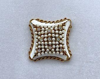 1940s Brooch, Pearl Brooch, Kramer Jewelry, Best Friend Gift