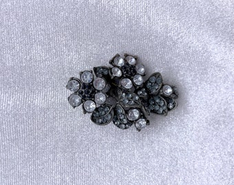 Rhinestone Brooch, Flower Brooch, Vintage Jewelry, Christmas, Gift for Her