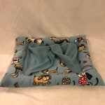 Heated and cooling pet bed with cuddle cover [med]