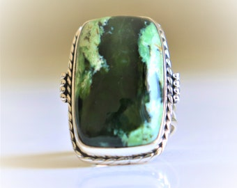Aggressive Oval Shape Natural Purple Copper Turquoise Gemstone 925 Sterling Silver Handcrafted Jewelry Ring Size 8.25