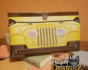 2 Zipper Pouches and center section  DIGITAL Bundle In the Hoop Off Roader /& Clasp Wallet 7.85X10.75 2 Money Slot 12 Card slots