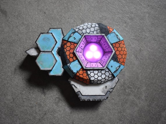 Shield of the Firehawk Borderlands Cosplay Shields Mod LEDs Border Lands  Night Light Cel-Shade Borderland Siren Maya Lilith Costume Prop BL3