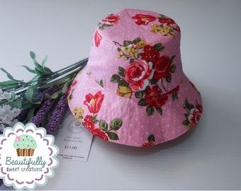 88747d921f4bd Reversible bucket hat