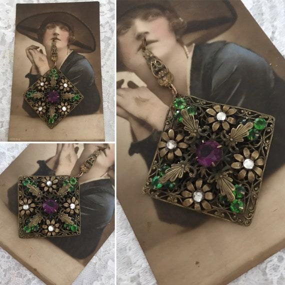 Suffragette, Czech Bohemiam Filigree Pendant, Stun