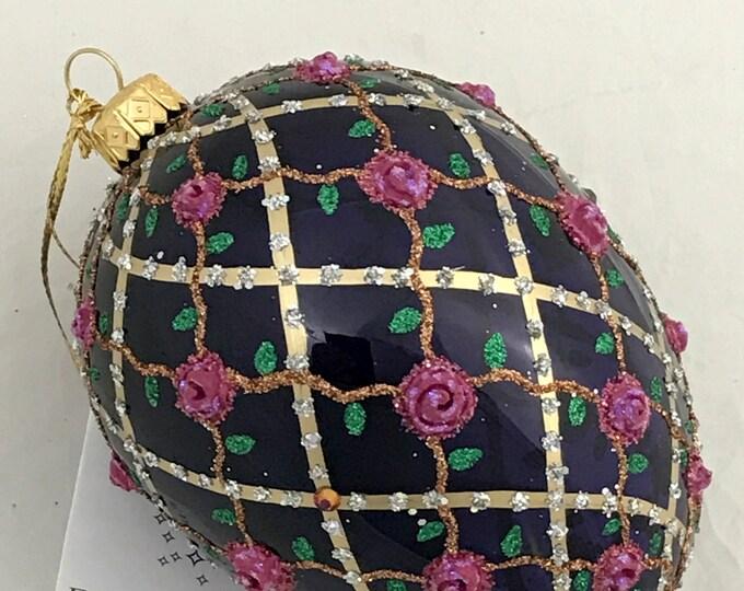 Transparent Violet Egg, Rose On Trellis