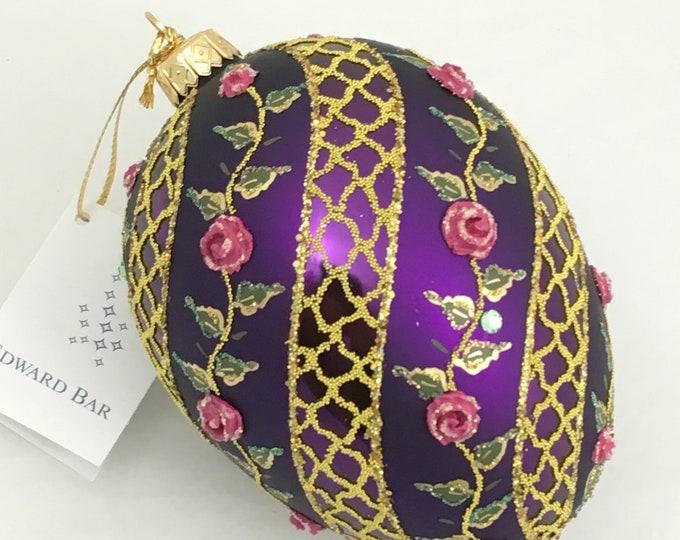 Violet Egg, Spiral Rose