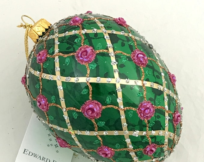 Transparent Green Egg, Rose On Trellis, Glass Christmas Ornament, H (in): 4.75