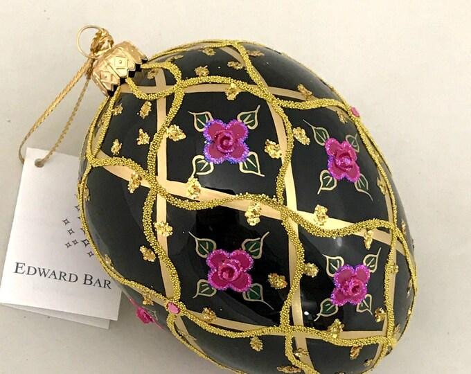 Black Egg, Wild Rose