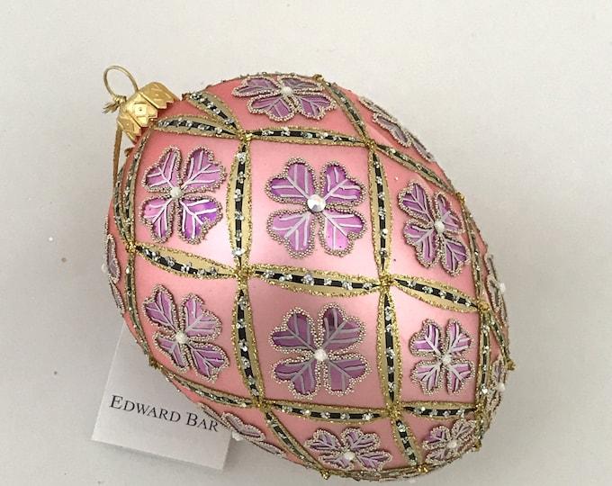 Pastel Pink Egg, 4 Leaf Clover, Easter Eggs Ornaments