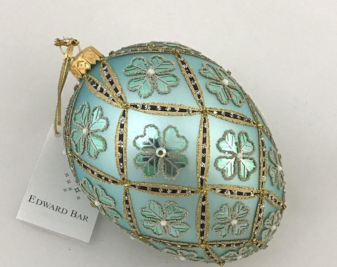 Pastel Blue Egg, 4 Leaf Clover, Easter Eggs Ornaments