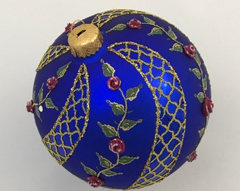 Blue Ball Ornament, Spiral Rose
