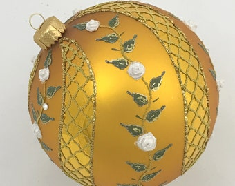 Gold Christmas Tree Ball Ornament, Spiral Rose
