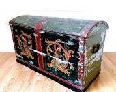 Stunning Norwegian Extra Large Antique Wooden Hope Chest, Marriage Box Dowry Chest, Antique Coffer Norwegian Rosemaling, 19th c. Storage