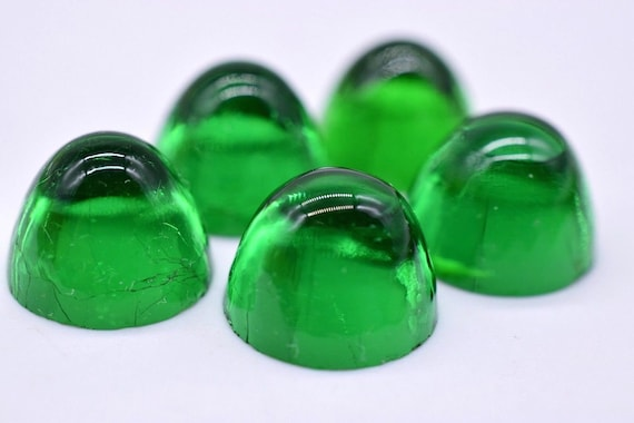 Vintage Green Jade Marble-Like Spotted Dome Top Round Cabochon 13 mm