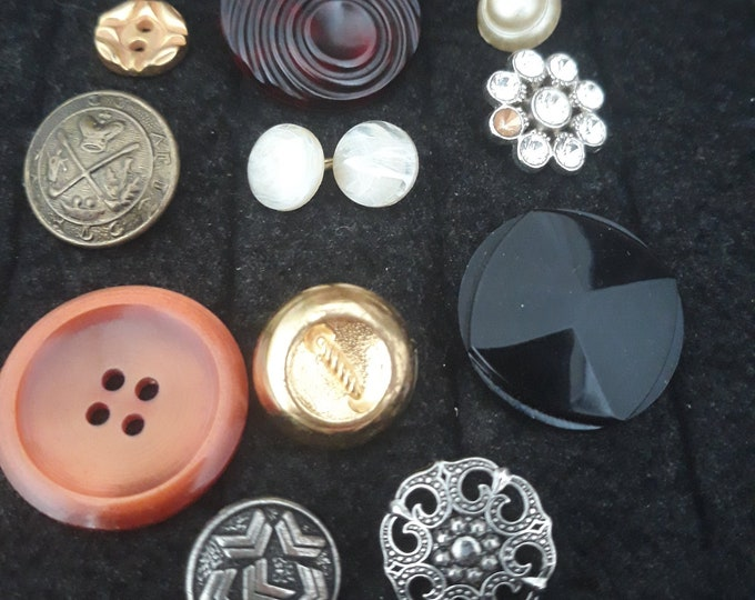 Vintage button lot, buttons for jewelry making, crafts