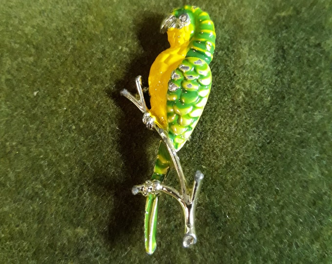 Vintage parrot brooch, craft jewelry, Repurpose jewelry, Adornments, Brooches for picture frame art, Embellishments, Pins,
