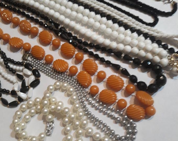 Vintage junk jewelry necklace lot, Vintage necklace lot, craft jewelry lot, destash vintage jewelry