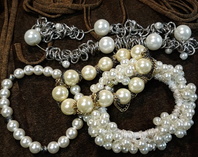 Craft jewelry pearl beaded bracelet lot, junk jewelry for crafts, repurpose