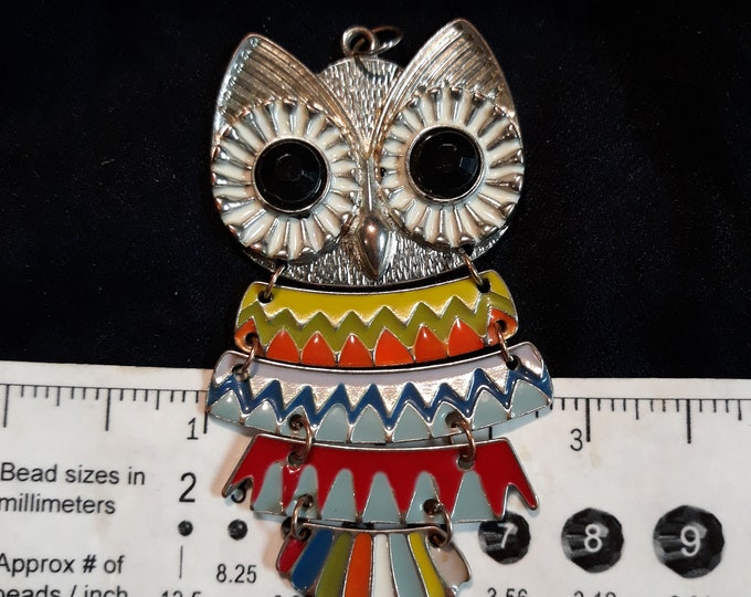 Gorgeous VINTAGE owl pendant, Colorful vintage articulated owl pendant