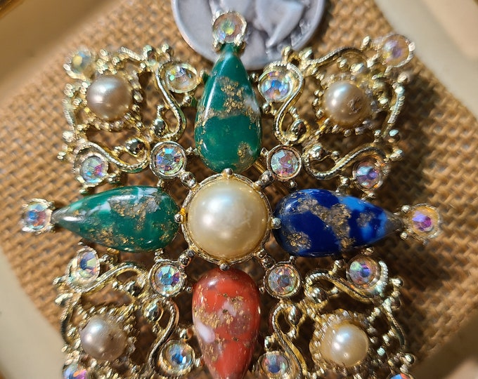 Unique Vintage rhinestone Brooch, Crafting jewelry, Adornments, Brooches for picture frame art, Embellishments, junk jewelry, old brooch,TLC