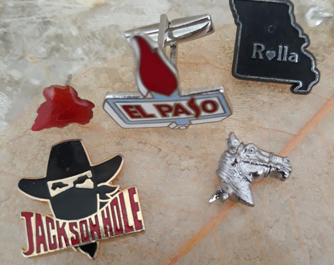 Pinbacks and jewelry crafting pieces, jewelry art jewelry, picture frame art supply, arts and crafts jewelry, western themed jewelry, cowboy
