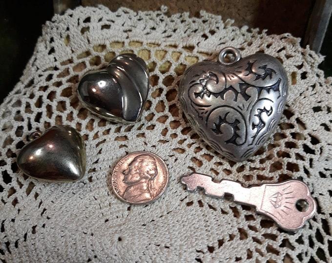 Salvaged heart junk jewelry lot, vintage silver tone hearts, heart jewelry plus key