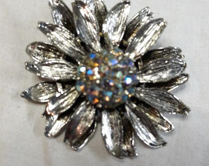 Fiery Vintage aurora borealis flower brooch, Rhinestone craft jewelry, Adornments, Brooches for picture frame art, Embellishments
