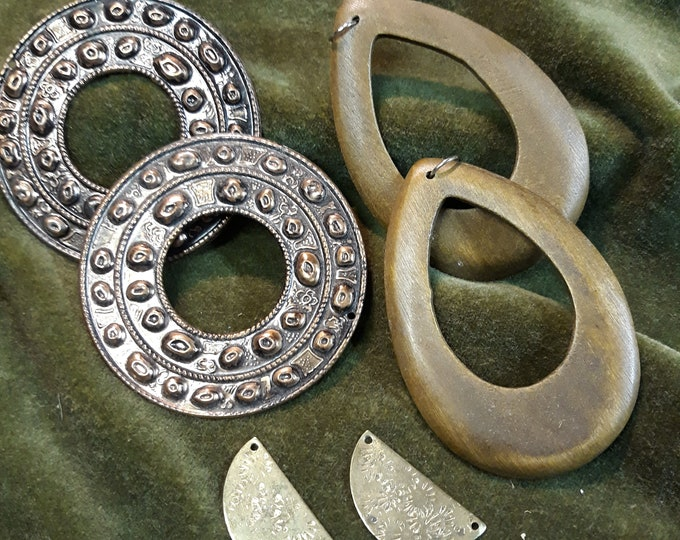 Matching Vintage Tribal jewelry components, tribal junk jewelry, dangle drops connectors lot