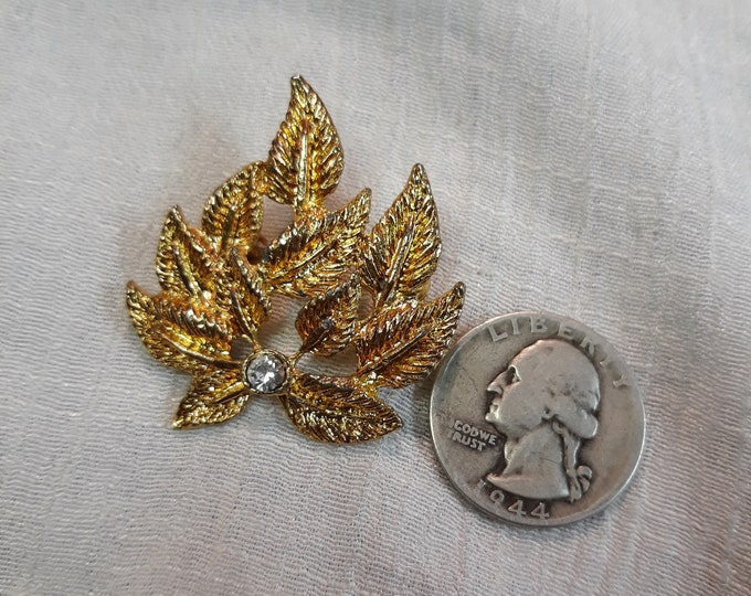 Mid century vintage leaf brooch with rhinestone, Adornments, Brooches for picture frame art, Embellishments