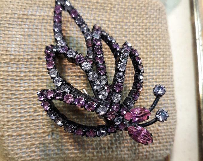 Beautiful Vintage Weiss rhinestone designer brooch, Destash designer jewelry, signed jewelry, signed brooch