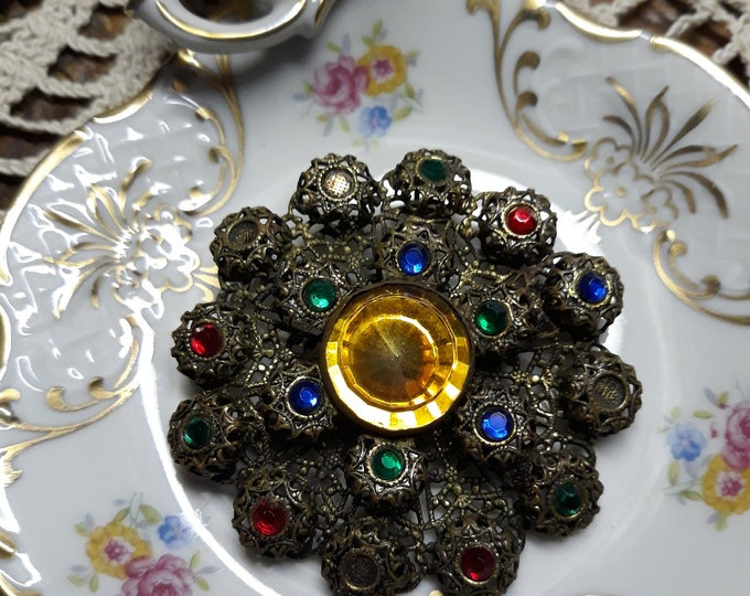 Antique early 1900's filigree brooch pin