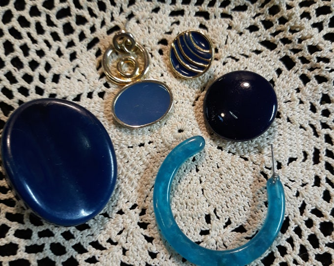 Blue Single earring Vintage craft lot, 97c Special Value, repurposed jewelry, salvaged jewelry