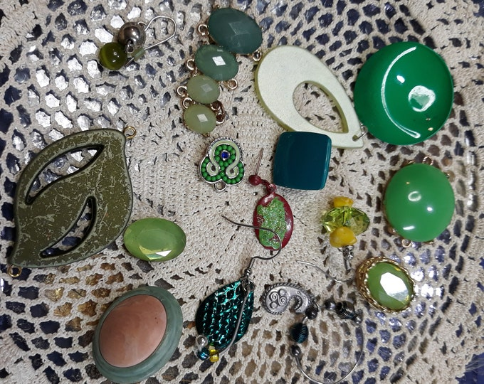 GREEN Vintage assorted crafting jewelry, Vintage mixed jewelry lot, Crafting jewelry, jewelry pieces, repurposed jewelry, salvaged jewelry