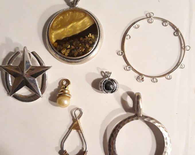 Pendant lot vintage jewelry, harvested jewelry pendants, DIY, jewelry making supply